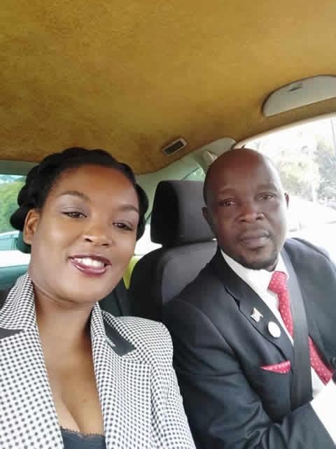 Besten Draht zur neuen Regierung haben wir auch über Dr. Savel Kafafwa, den Ehemann von TUMAINI-Vorstandsmitglied Dr. Esther Mzumara-Kafafwa. Er ist als Abgeordneter im neuen Regierungsteam.